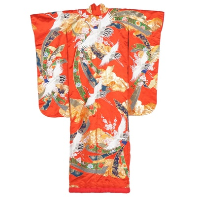 Sakura and Tsuru Patterned Uchikake Silk Wedding Kimono with Embroidery