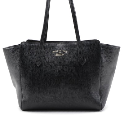Gucci Swing Tote in Black Grained Leather