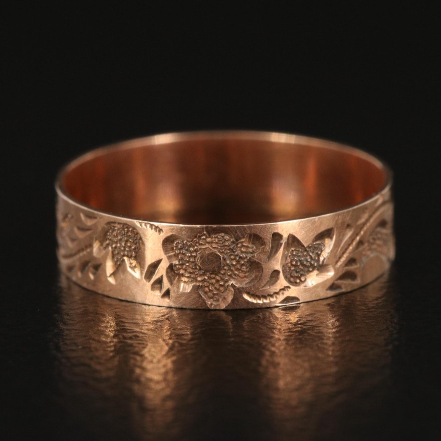 Victorian 10K Engraved Band