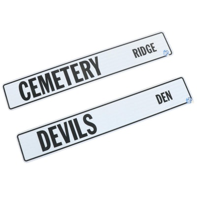 """Cemetery Ridge"" and ""Devils Den"" Novelty Street Signs"