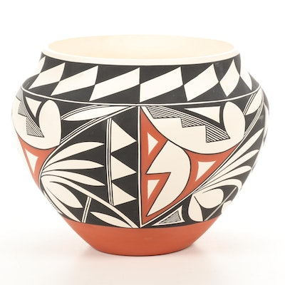 R. Vallo Acoma Pueblo Polychrome Pottery Planter