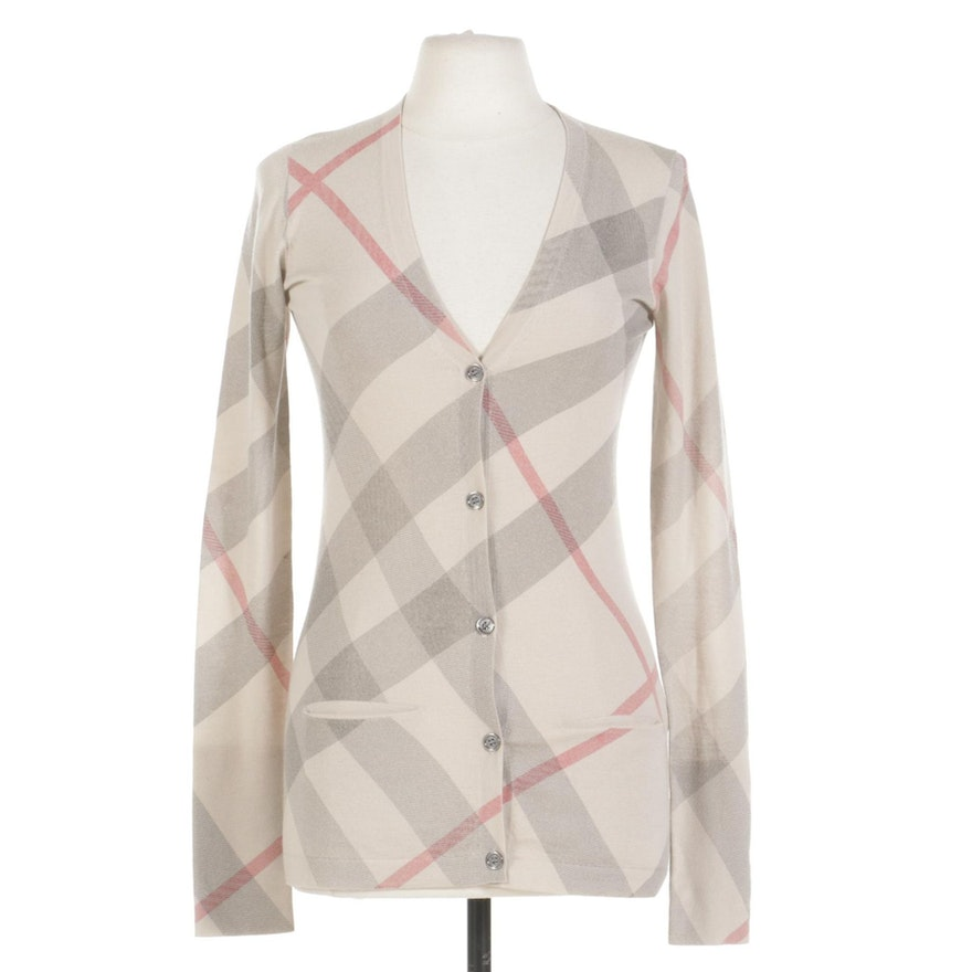 Burberry Lightweight Wool and Cashmere Cardigan Sweater with Pockets