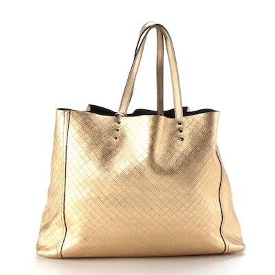 Bottega Veneta Large Tote in Intrecciomirage Metallic Gold Leather