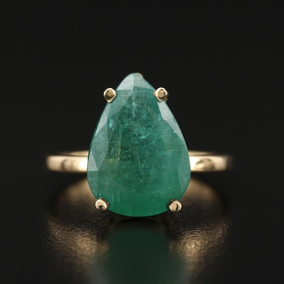 18K 7.01 CT Emerald Ring