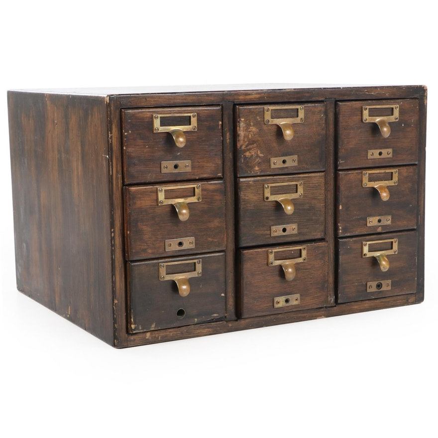 American Oak Nine-Drawer Tabletop Card File Cabinet, Early to Mid 20th Century