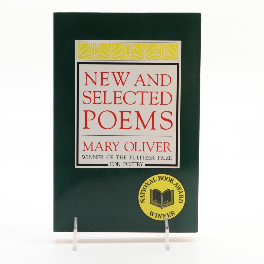 """Signed """"New and Selected Poems"""" by Mary Oliver, 1994"""