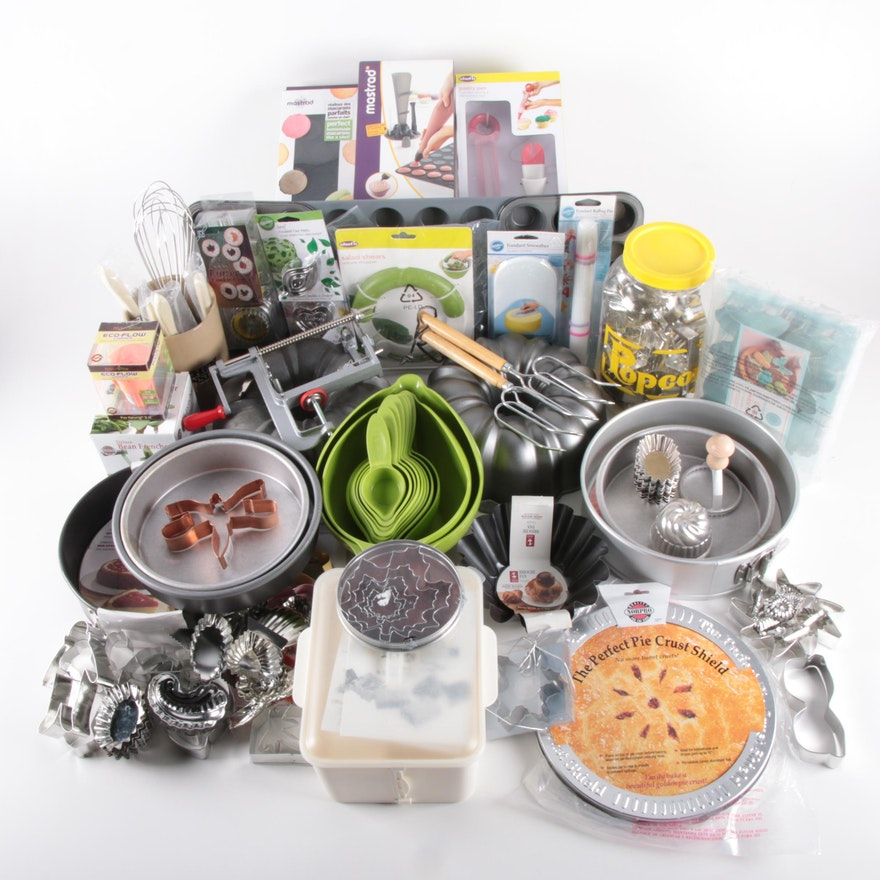 Wilton, Martha Stewart, Chef'n and Other Baking Accessories and Bakeware
