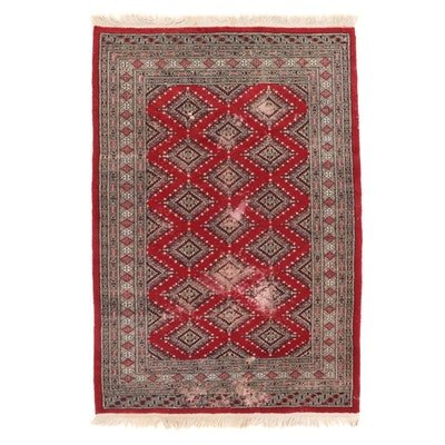 4'1 x 6'3 Hand-Knotted Pakistani Wool Area Rug