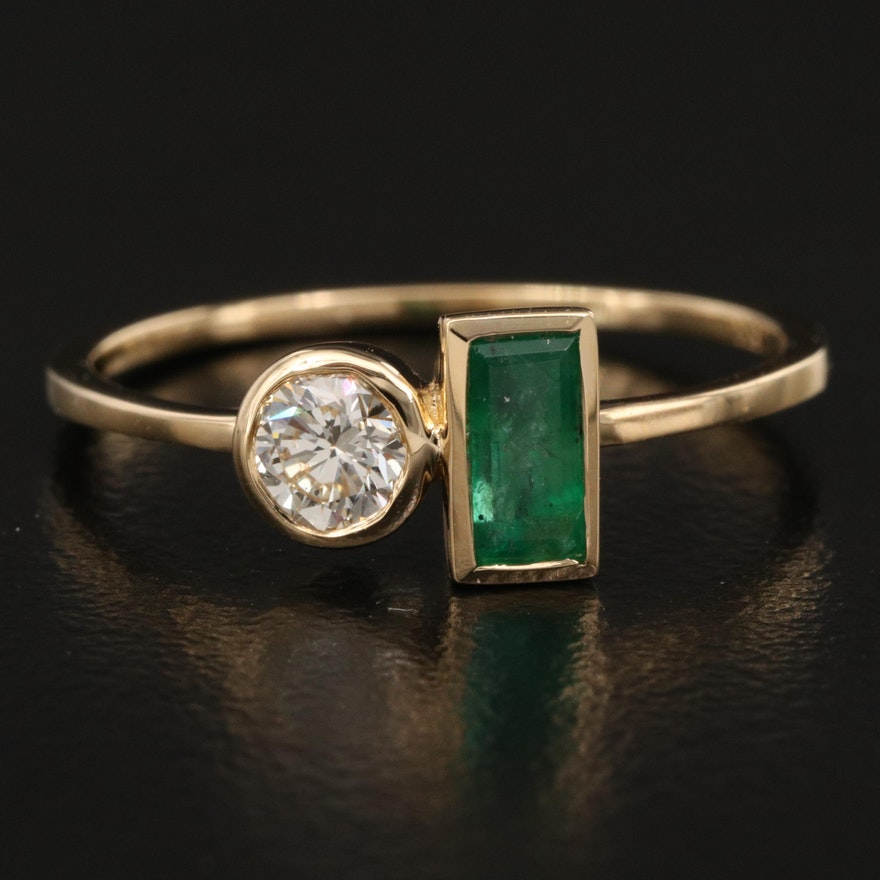 18K Emerald and Diamond Geometric Ring