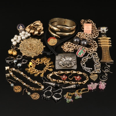 Vintage Jewelry Featuring Metropolitan Museum of Art