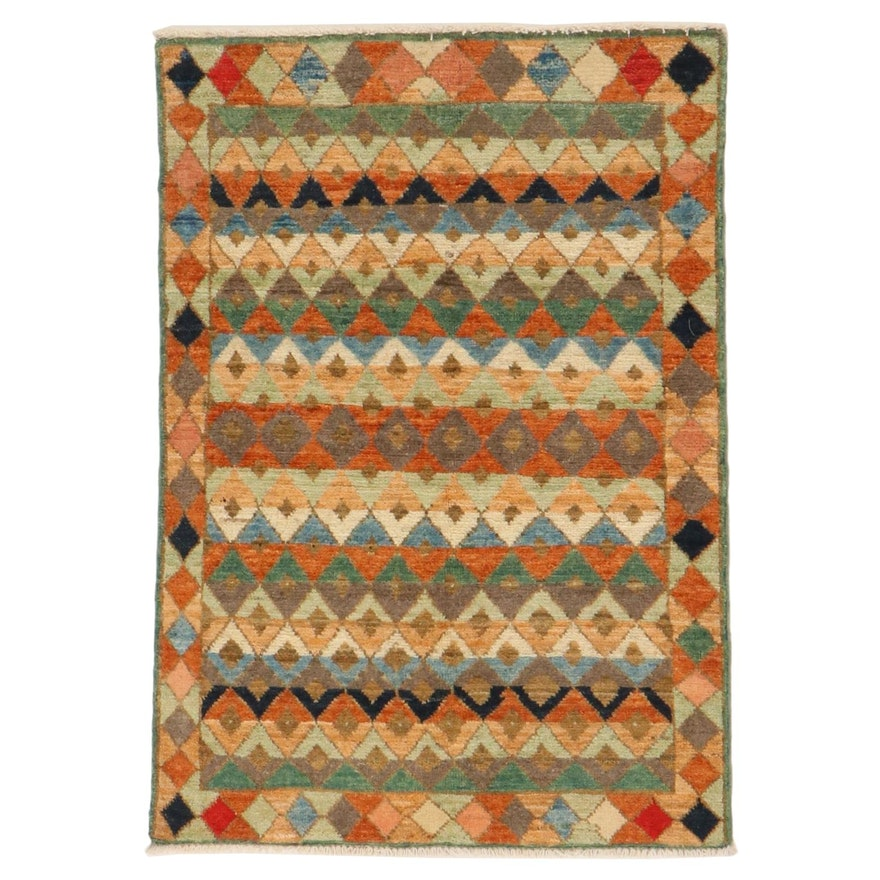 2'8 x 3'9 Hand-Knotted Accent Rug