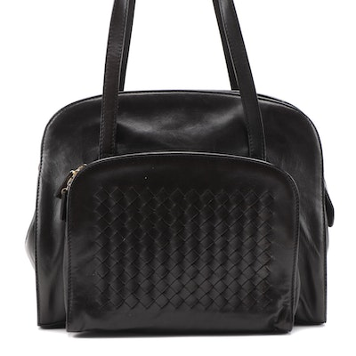 Bottega Veneta Black Leather Shoulder Bag with Intrecciato Pocket
