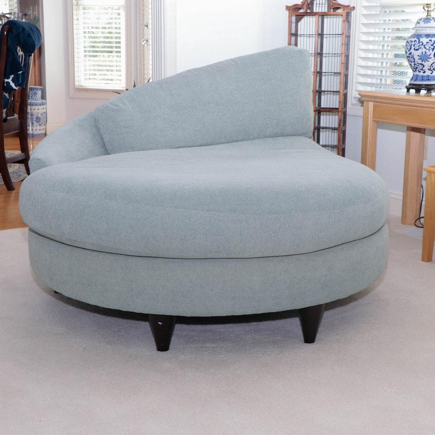 Carter Furniture Teardrop-Shaped Chaise Lounge