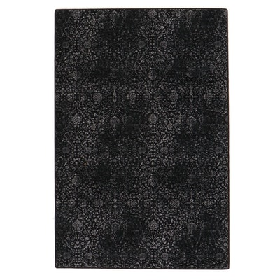 6' x 9' Machine Made Black and White Floral Area Rug