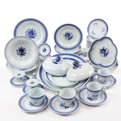 "Royal Copenhagen ""Tranquebar Blue"" Porcelain Dinner and Tableware, Mid-20th C."