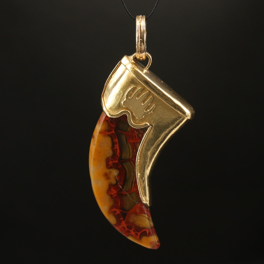 18K Agate Claw Pendant