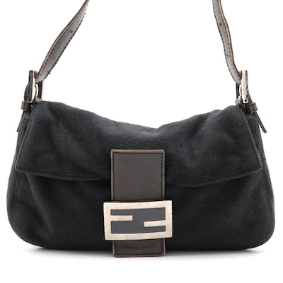 Fendi Baguette Bag in Wool and Leather with Logo Clasp