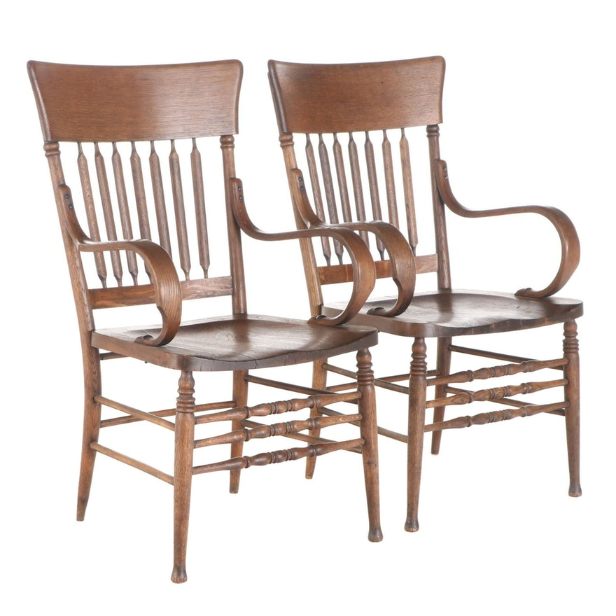 Pair of Late Victorian Oak Arrow-Back Bentwood Armchairs, Early 20th Century