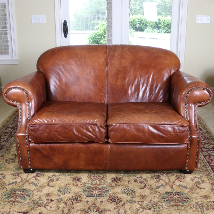 Robinson & Robinson Leather Brass-Tacked Leather Loveseat
