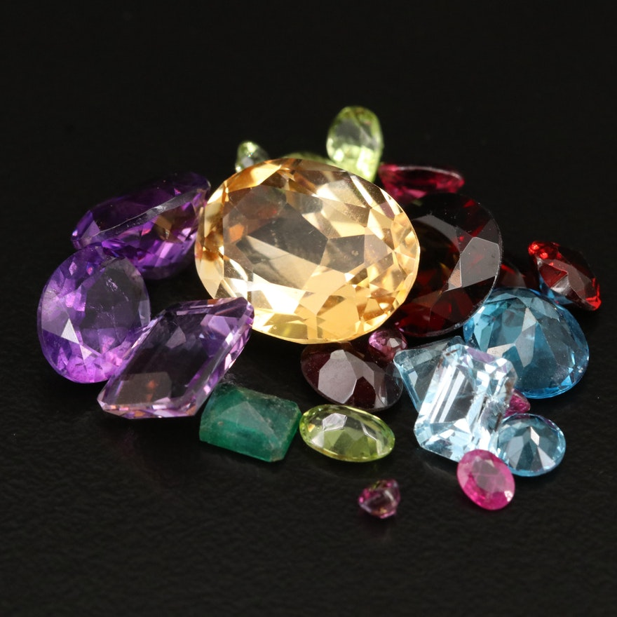 Loose 31.71 CTW Mixed Faceted Gemstones Including Ruby