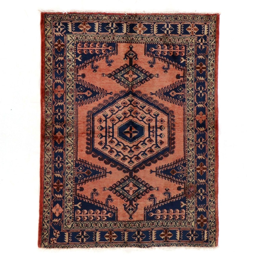 5' x 6'8 Hand-Knotted Persian Viss Area Rug