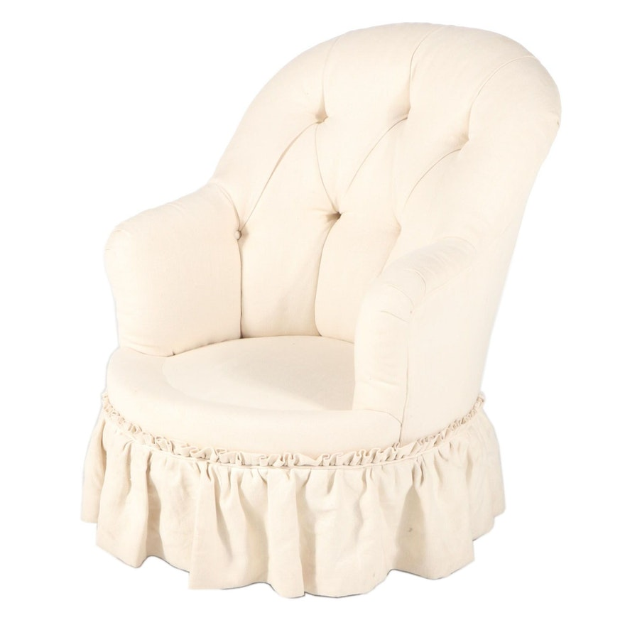 Victorian Style Buttoned-Down Slipper Chair
