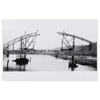 W. Glen Davis Halftone of Fort Pitt Bridge Construction