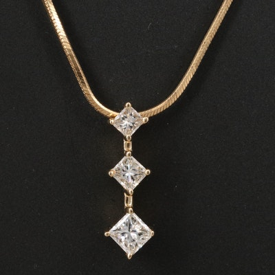 14K Graduated Diamond Pendant Necklace