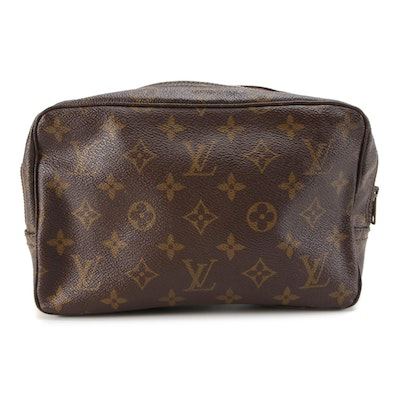 Louis Vuitton Trousse Toilette 23 Cosmetics Bag in Monogram Canvas