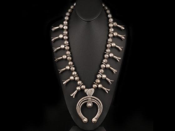 Southwestern Art & Jewelry