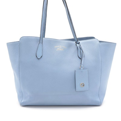 Gucci Medium Swing Tote in Light Blue Grained Leather