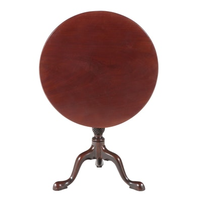 Queen Anne Style Mahogany Tilt-Top Tripod Table