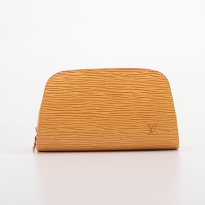 Louis Vuitton Dauphine Zip Pochette in Mandarin Epi Leather