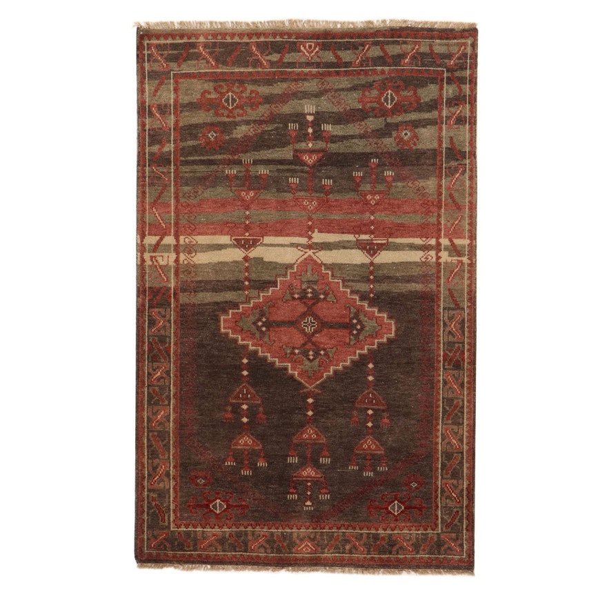"""4'11 x 8'1 Hand-Knotted Momeni """"Kouang"""" Collection Rug, 2010s"""