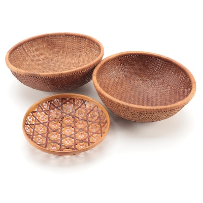 Woven and Polychromatic Baskets