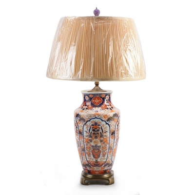 Imari Table Lamp with Pleated Silk Shade & Carved Finial, 19th Century