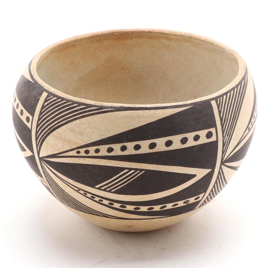 Anita Lowden (Acoma) Mesa Verde Style Black-on-White Earthenware Pot
