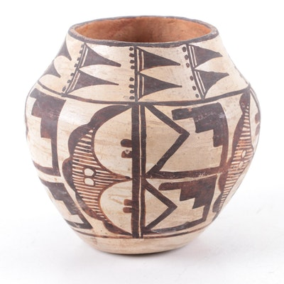 Acoma Pueblo Black on White Earthenware Jar, 1930-1940