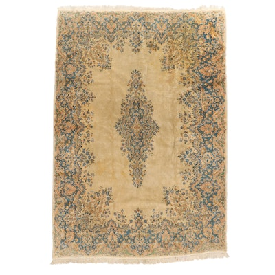 8'8 x 13'2 Hand-Knotted Persian Kerman Room Sized Rug