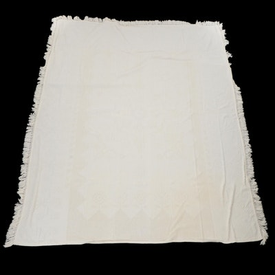 White Chenille Floral Motif Fringed Bedspread, Mid to Late 20th Century