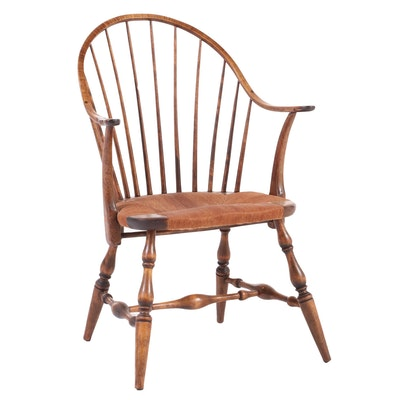 J.L. Hudson Co. Hardwood Continuous-Arm Windsor Chair, Early to Mid 20th Century