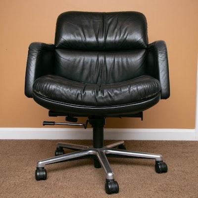 Low-Back Panel-Arm Black Leather Adjustable Desk Chair
