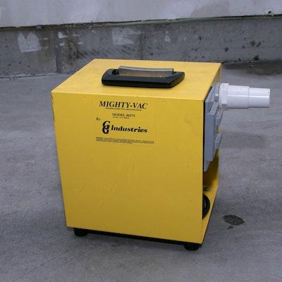"GG Industries ""Mighty-Vac"" Winterizing Blower / Vinyl Liner Setting Pool Vacuum"