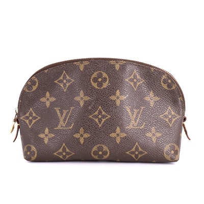 Louis Vuitton Cosmetic Pouch in Monogram Canvas