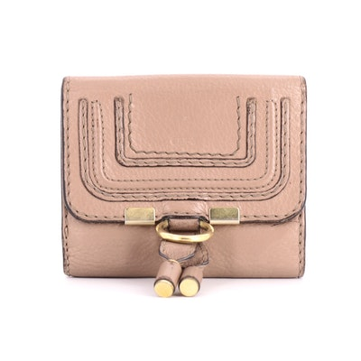 Chloé Marcie Square Wallet in Blush Grained Calfskin Leather