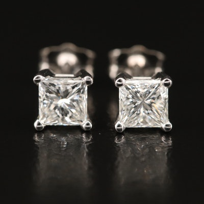 18K 1.05 CTW Diamond Stud Earrings with GIA Report