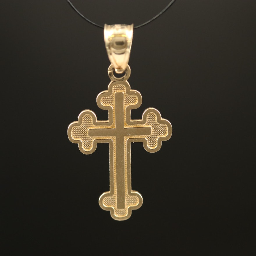 14K Trefoil Cross Pendant