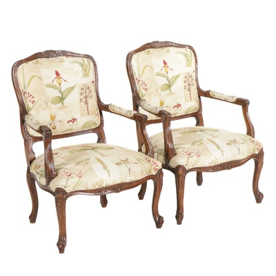 Pair of Hickory Chair Louis XV Style Carved Walnut Fauteuils, Late 20th Century
