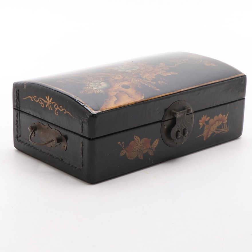 Chinoiserie Lacquered Jewelry Box, 20th Century