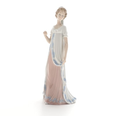 """Lladró """"Viennese Lady"""" Porcelain Figurine Designed by José Puche"""